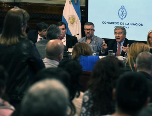El ministro de Defensa asistió a la Bicameral del ARA San Juan