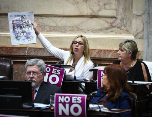 Es Ley el proyecto que desregula el precio del papel de diario