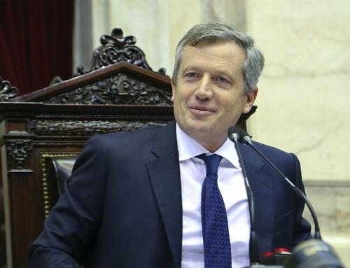"""""""Los acuerdos se logran gracias a la rosca política, no por las redes"""""""